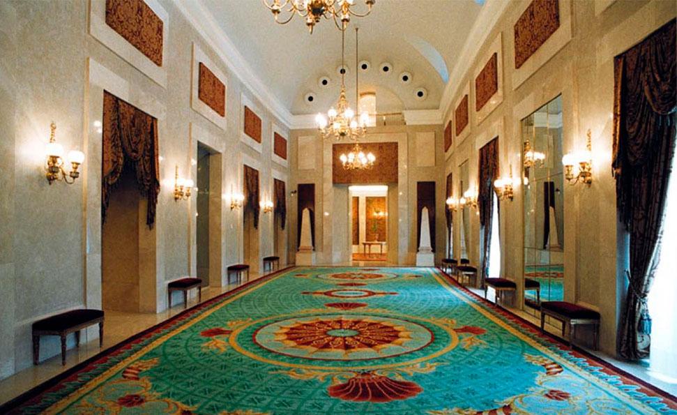 Uno de los salones visitables durante la Visita General al Teatro Real.