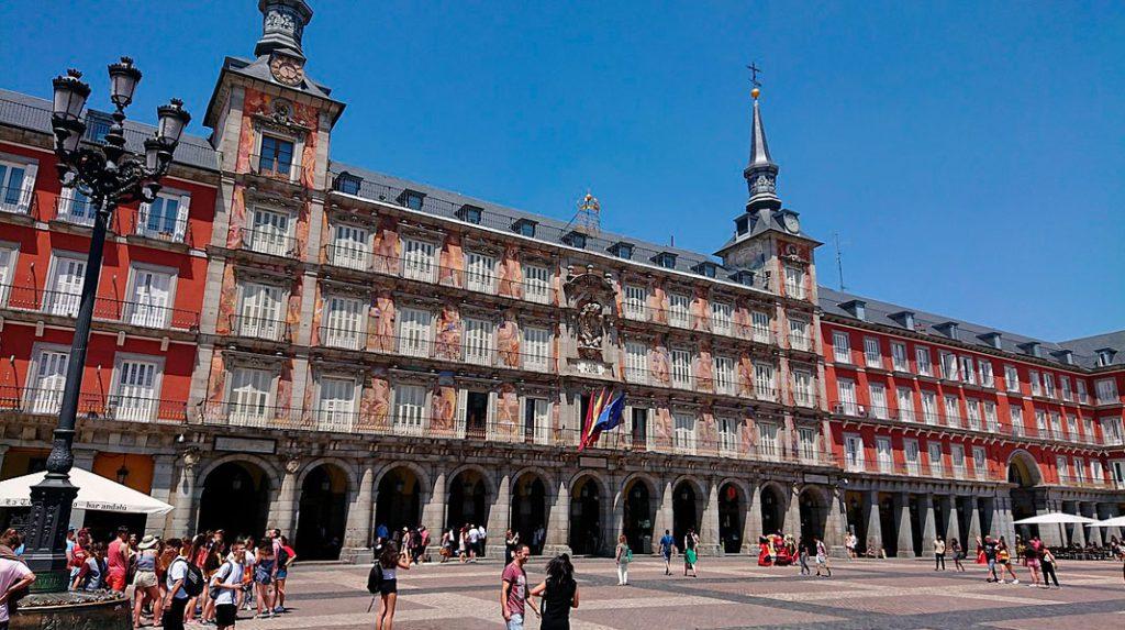La Casa de la Panadería, en la Plaza Mayor de Madrid.