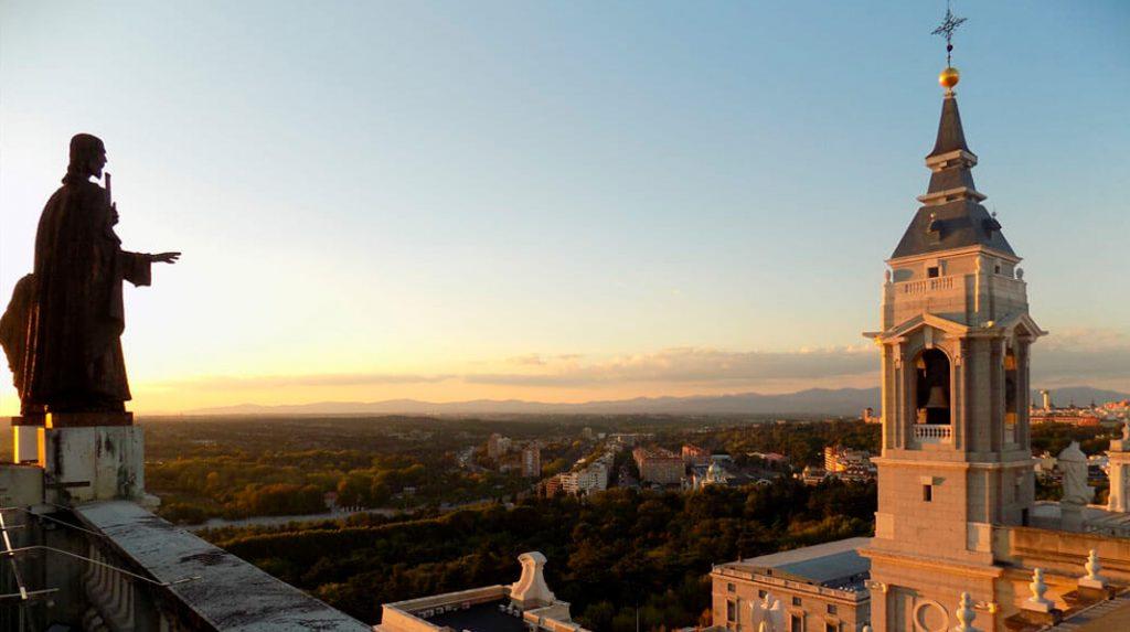 Vistas al Oeste desde la cúpula de la Catedral de la Almudena.