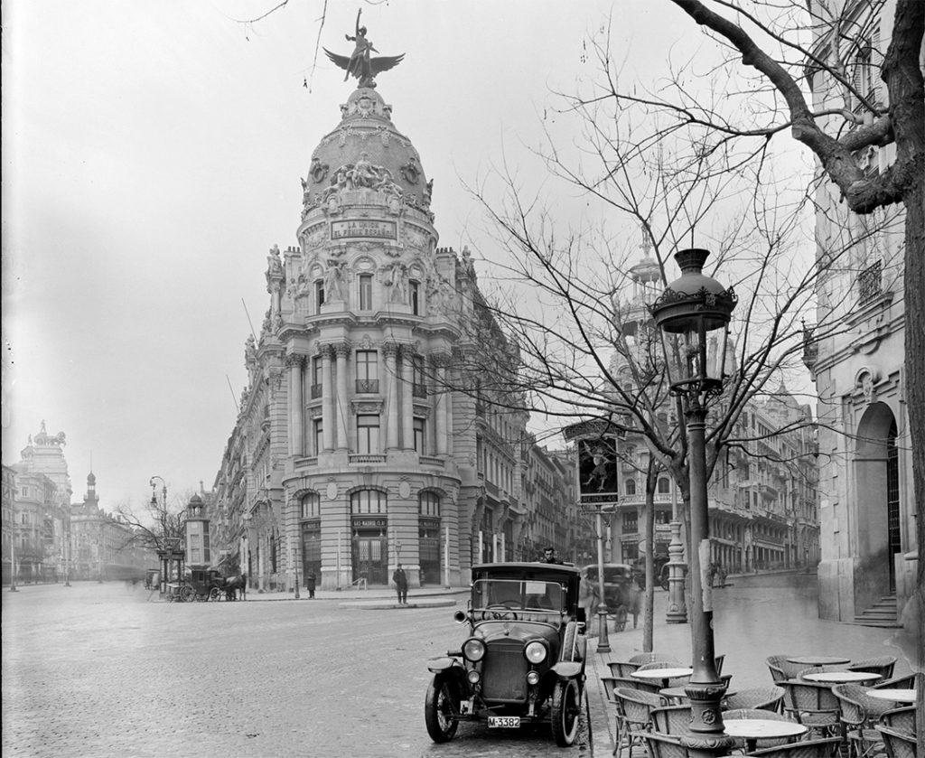 Aspecto del Edificio Metrópolis en 1915.