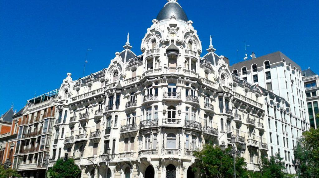 Casa Gallardo, máximo exponente del modernismo en Madrid y uno de los edificios más bonitos de la ciudad.
