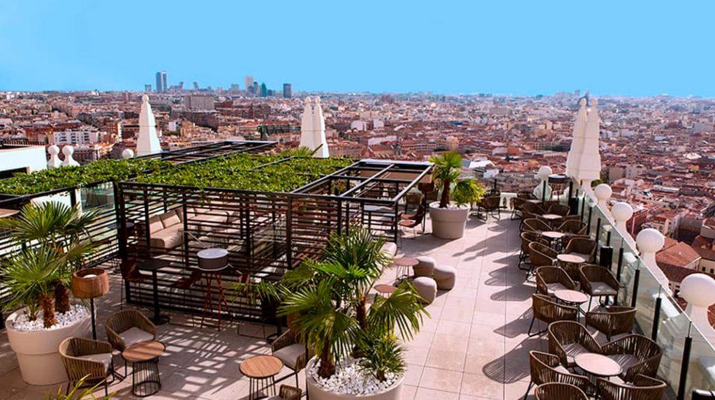 Vistas desde el Skybar del Hotel Riu en el Edificio España (web del hotel)