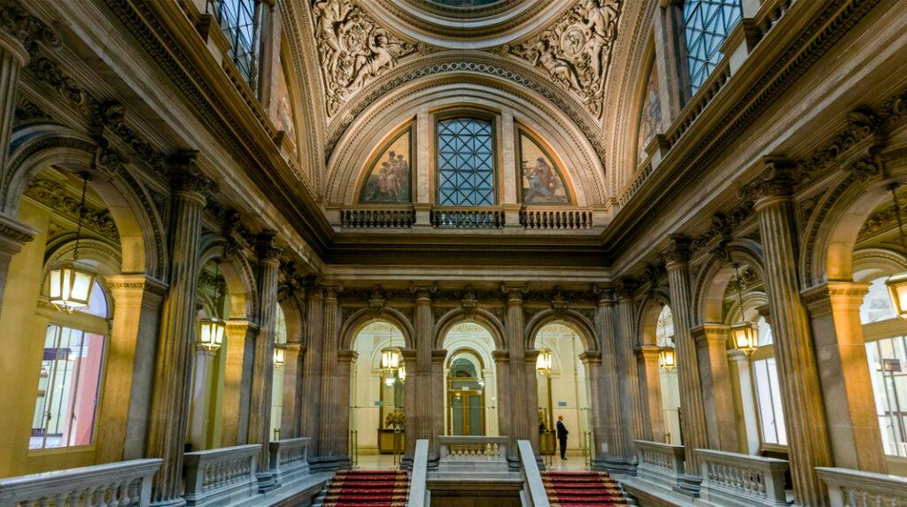 Escalera principal del Palacio de Fomento, actual Ministerio de Agricultura.