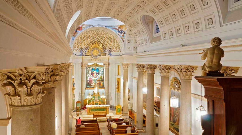 Interior del Oratorio del Caballero de Gracia.