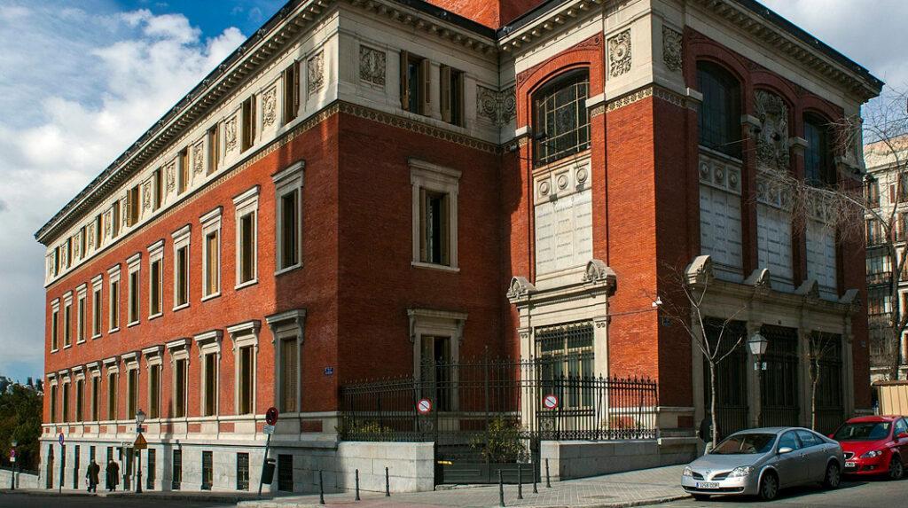 Sede de la Real Academia Española, cerca del Paseo del Prado.