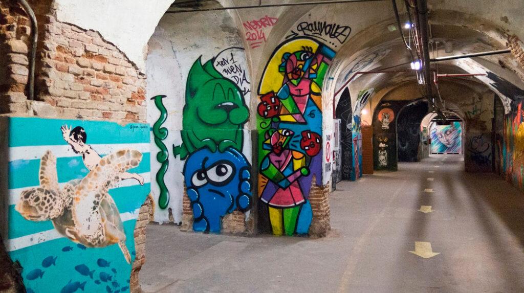 Interior del edificio Tabacalera Promoción del Arte.