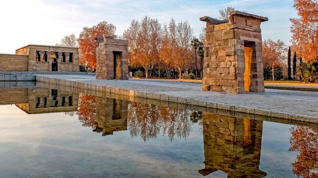 Templo de Debod, un auténtico templo egipcio cerca de la Plaza de España.