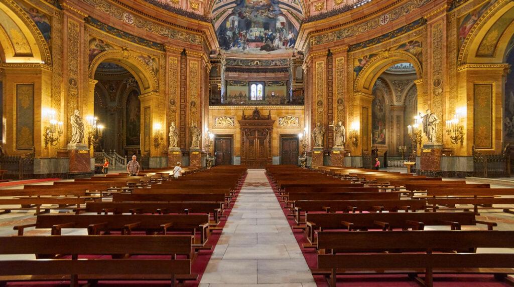 Aspecto interior de la Basílica de San Francisco el Grande.
