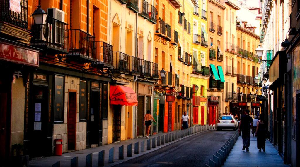 Cava Baja de Madrid, una de las calles con más restaurantes de la ciudad.