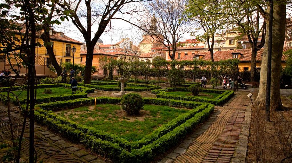 Jardín del Príncipe de Anglona, un remanso de paz escondido en La Latina.