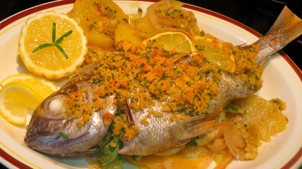 Besugo a la Madrileña, una receta simple pero deliciosa de pescado al horno.