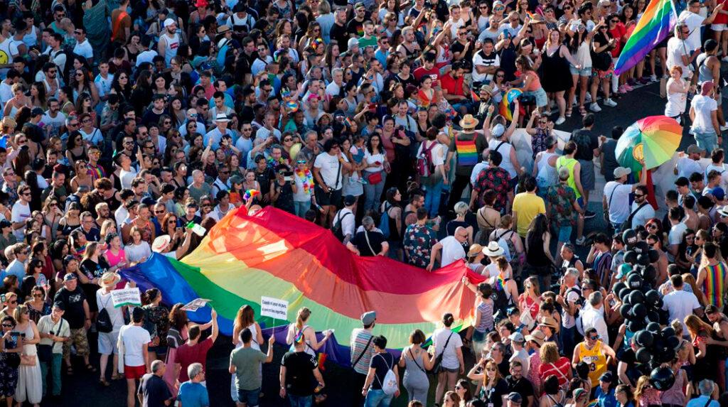 Desfile del día del Orgullo LGTB en Madrid.