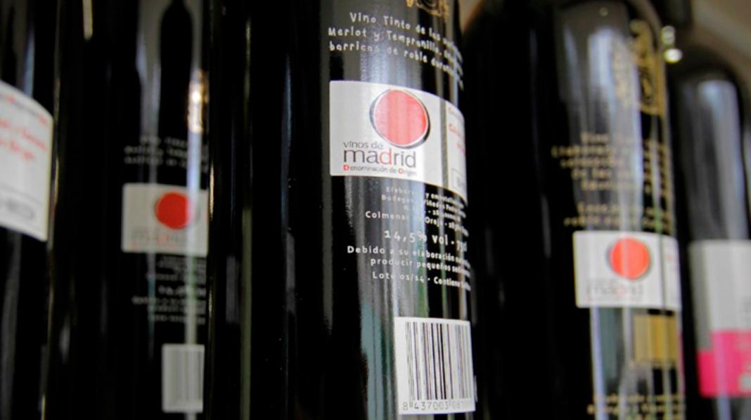 Distintivo que reconoce a los vinos pertenecientes a la Denominación de Origen Vinos de Madrid.