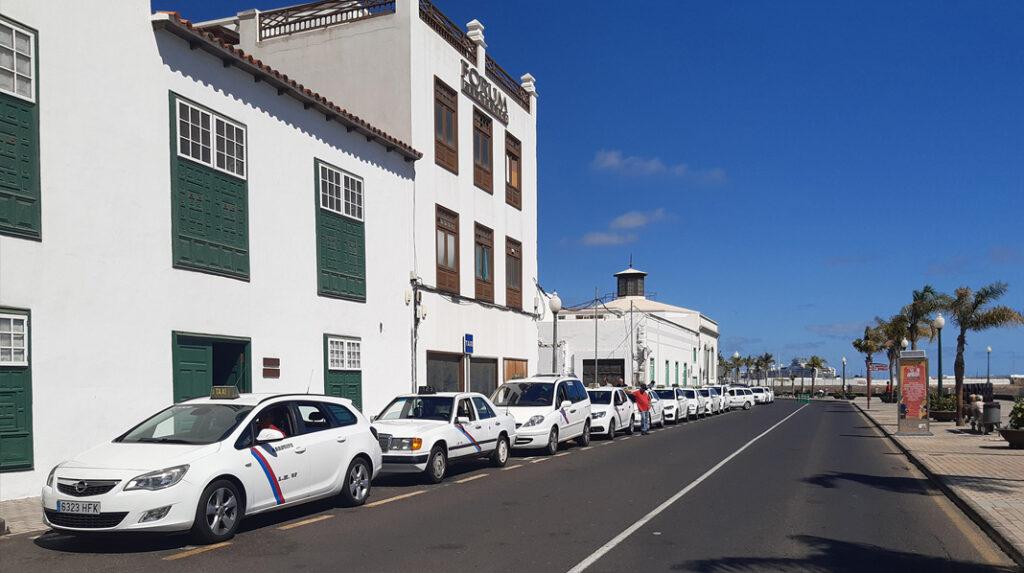 Parada de taxis en Lanzarote.