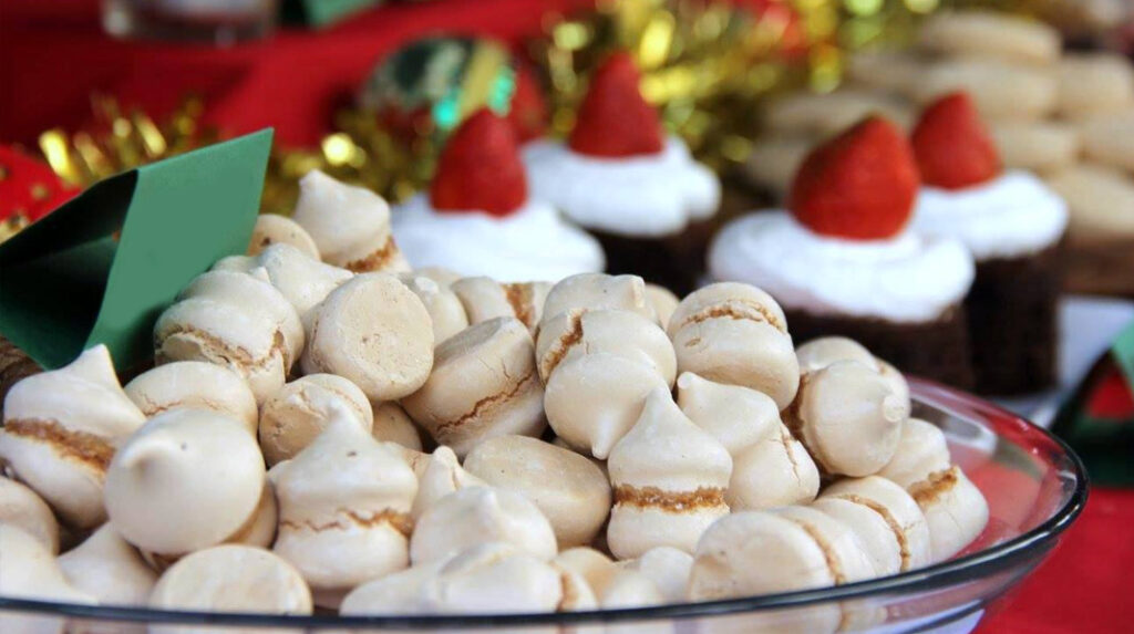 Suspiros de Moya, merengues tradicionales de Canarias.