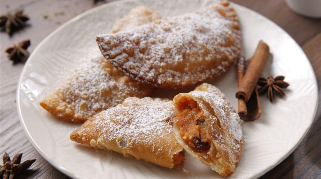 Truchas de Batata, el dulce navideño más típico de Canarias.