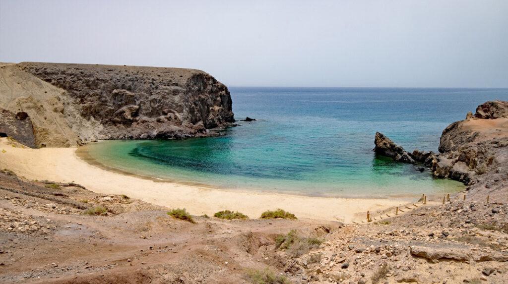 Playa de Papagayo, considerada la más bonita de Lanzarote.